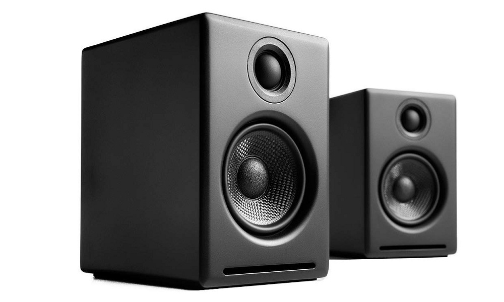 Best Powered Bookshelf Speakers for Turntable